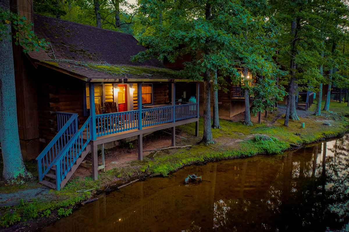 Waterfront log cabin in fredericksburg virginia