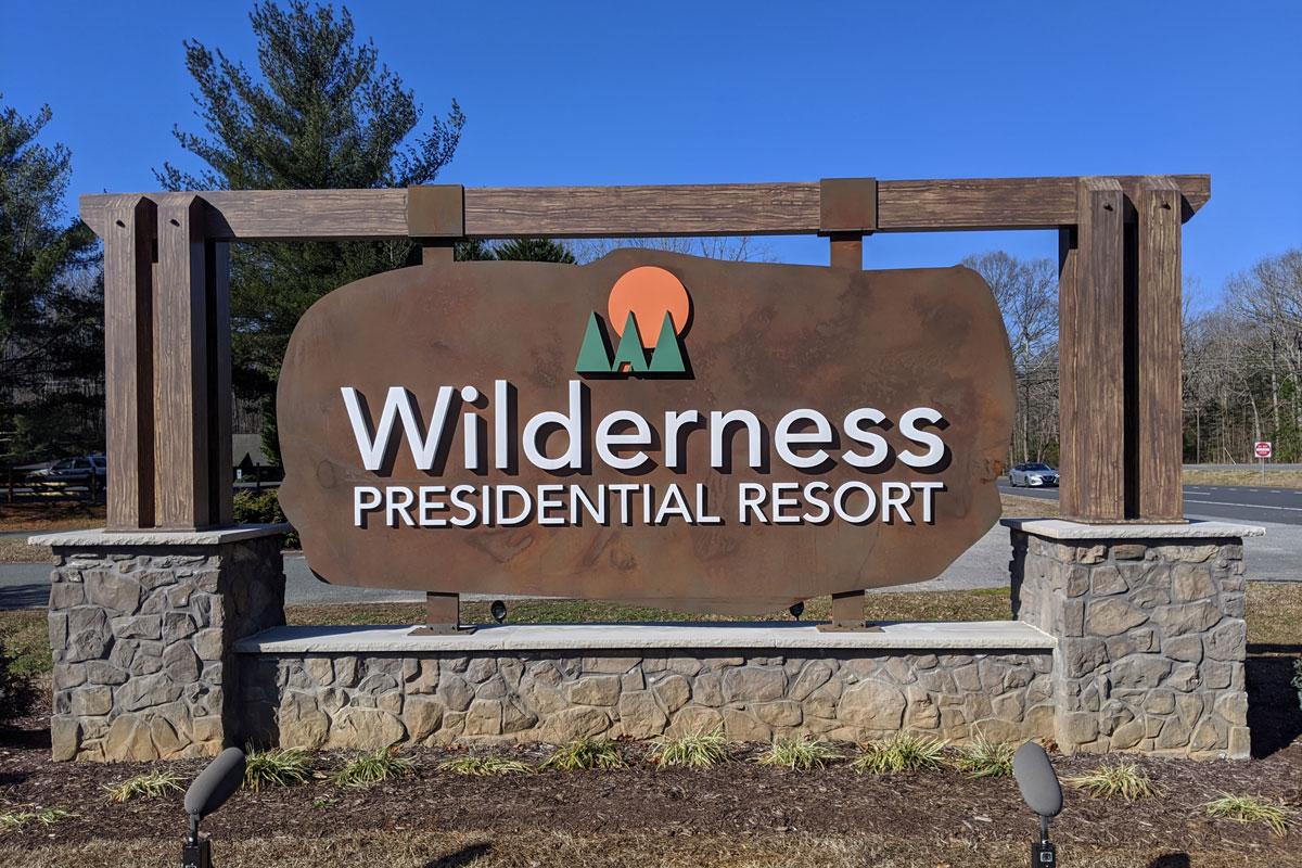 Wilderness Presidential Resort Entry Sign