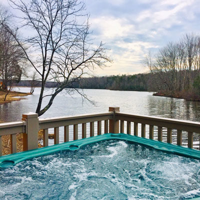 Dogwood Whirlpool Camp Cottage at Wilderness Presidential Resort